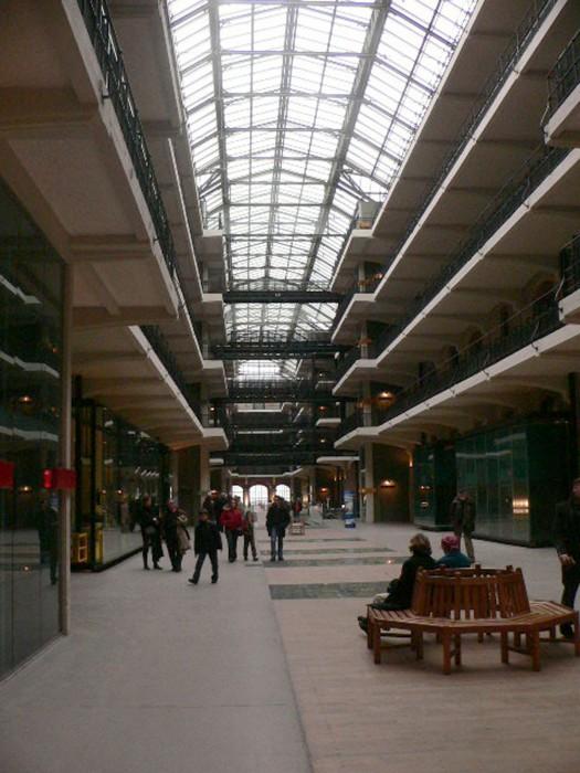 Tour_et_Taxi-bruxelles-interieur-hall